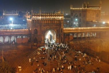 View of the Jama Masjid, the biggest mosque in India, from our hotel roof!