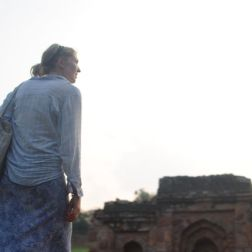 Catherine at the Qutab Minar site